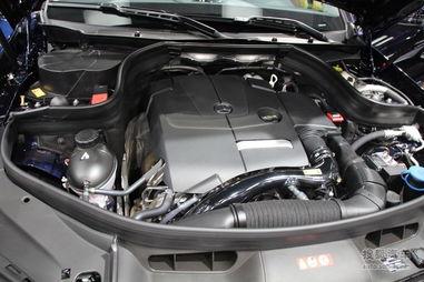 达135千瓦(183马力),峰值扭矩达300牛・米,这款发动机属于奔驰...