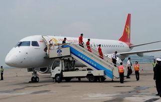 cz3135航班-...乘客爬下飞机 南航登门道歉