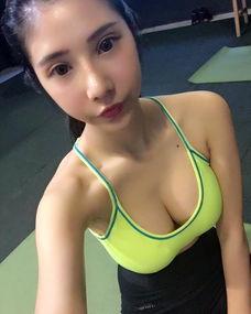 台湾正妹晒火辣健身照 极致身材惊呆网友