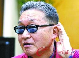 刚完成出版一本小说的台湾文坛名人李敖先生在台北接受了本报记者的...
