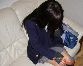 台湾13岁辍学少女缺钱花竟去援交 初夜 卖了100块