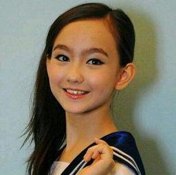 童星香奈儿 辛普森个人资料,年仅15岁唱歌演戏模特全能