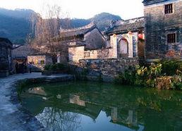 ...罗董镇,始建于明末,是一个风景秀丽、环境优美的世外桃源,古...
