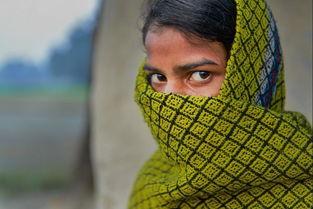 ...度和她一样遭受强奸的受害者的故事.Sharma18岁时,一天放学后...