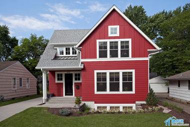 新农村自建房小户型房屋设计图,70平米左右占地面积,两层小别墅欣...