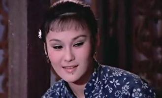 《旅途上的漂亮女人》韩漫社-...默奉献出青春的美丽女孩