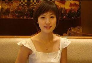 王宝强漂亮妻子马蓉,曾是西北大学的校花,如今虽然已经是两个男...