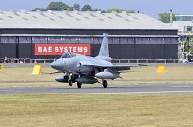 配备国产 泰山 发动机的枭龙战机已进行试飞