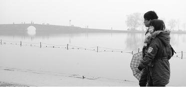 浙江在线01月14日讯 刚送走了霾,又迎来了雾.昨天茫茫大雾笼罩了...
