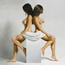 女性裸体油画呈现极简人体之美