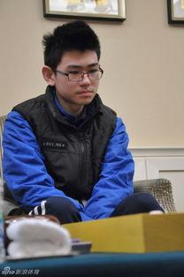 ...赛第2局在上海中环国际大酒店进行,先拔头筹的黄静远执白对阵廖...