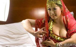 姐也骚综合网-芙蓉姐姐演出变身风骚印度舞娘