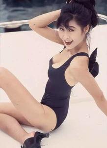 ...亚洲小姐,香港三级片代表叶玉卿,近照曝光,50岁身材依旧前凸后...