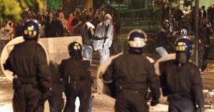 英国伦敦骚乱现场图片