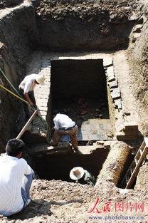 ...樊发现东汉大型墓葬