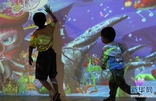 """...海洋――会动的儿童画\""""活动,吸引了不少小朋友参加.    摄 -清代 ..."""
