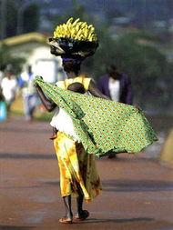 群骁kR跺mx涓y Ke剧 涔r诲}-乌干达:禁止女生穿裤子   时尚本是件好事,可是,在不同国家的特定...