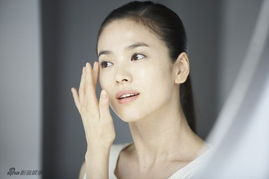宋慧乔广告写真 肌肤水嫩光洁