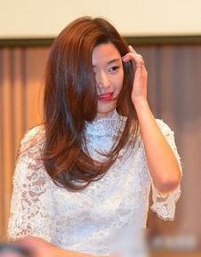 先锋影音av女优写真- 2012年凭着两部电影的强势回归,全智贤不仅事业上重新回到韩国的...