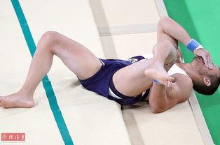 体操跳马预赛,26岁的法国体操运动员萨米尔艾特赛德在完成动作落地...