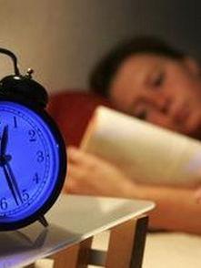 失眠说说心情短语 失眠的句子说说心情