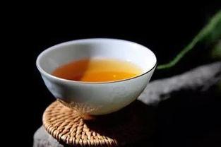 一杯茶的图片-一茶,一书,一知己便是幸福