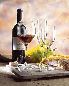 太极洞酒-选一家没有异味的餐厅,坐下来后问清是否在座的各位都喜欢喝红白葡...