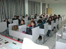 观摩精品课程录像  -教研活动