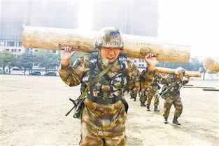 军人训练-解放军一些部队忽视体能 5公里越野近半跑不下来