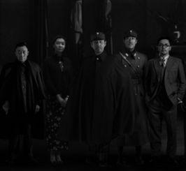 ...开机发布会,该片人物造型图曝光.-高清组图 冯小刚新作 温故1942 ...