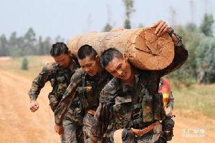 中国军人不是美国肌肉男的对手 呵呵一笑