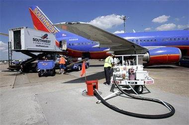,也不推介廉价航班价格.   这似乎是改变营销的策略,也可能要渐渐...