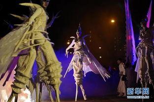 幻空之域-8月26日,来自荷兰的艺术团体Close-Act在《新加坡仲夏夜空》活动上...