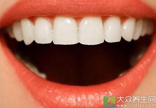 牙周炎如何治疗 怎么去除牙结石 洗牙有没有危害