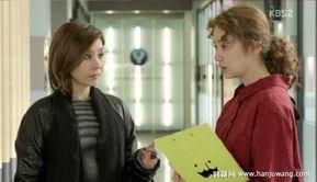 ...来的选择》也是时空穿越的题材,在这部剧里,尹恩惠未来的自己穿...