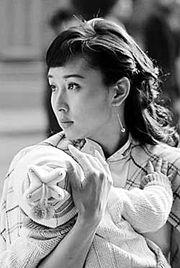 员,直到扮演《孝庄秘史》的苏茉儿,才让人们眼前一亮.   具有浓厚...