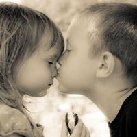 qq接吻情侣头像大全 感谢让我遇见你这么一个人