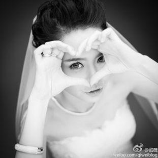 戚薇被曝小腹微隆疑与李承铉奉子成婚 看短发女汉子化身温婉新娘
