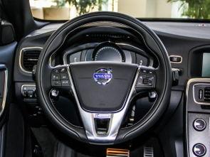 腿部空间   885~1090mm后排腿部空间   与外观相比,新款沃尔沃S60...