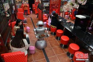 都市春熙路一家刚开业的冒菜店吸引不少食客前来尝鲜,这家餐饮店在...