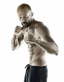 杰森·斯坦森(Jason Statham),1967年7月26日出生于英国伦敦,美国...
