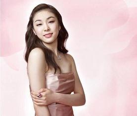 近日,金妍儿的官网上公布了一些新版写真图.