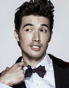 于加拿大,中国台湾男演员,模特.毕业于新西兰奥塔哥大学生物系. ...