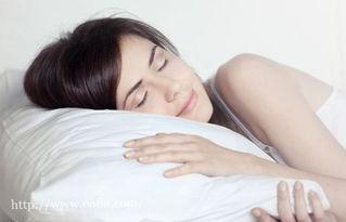 预防颈椎病的正确姿势,预防颈椎病的正确睡姿, 预防颈椎病的正确坐...