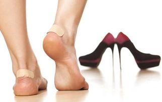 脚刑钉脚趾老虎凳硬-新鞋老是磨脚趾头怎么破 6个实用的处理方法教会你