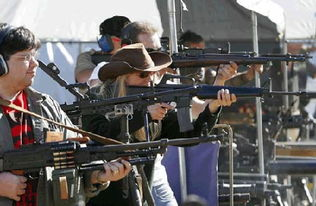 siku私库18-美国侨报报道,多年来,美国社会中要求政府加强枪械管制的呼声不断...