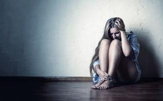 唯美伤心意境女生qq网名,时光让爱笑的人哭了