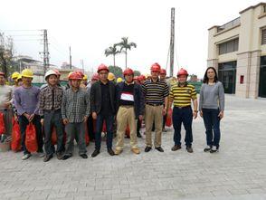 ...住建局开展建筑工地外来工返城务工慰问活动