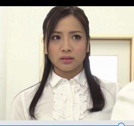 1988年8月2日出生,2011年以佐佐木恋海为艺名出道,后改名为向井...