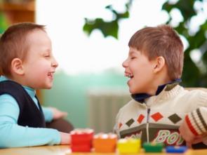 孩子负面情绪都处理不好 我们还谈什么给他幸福